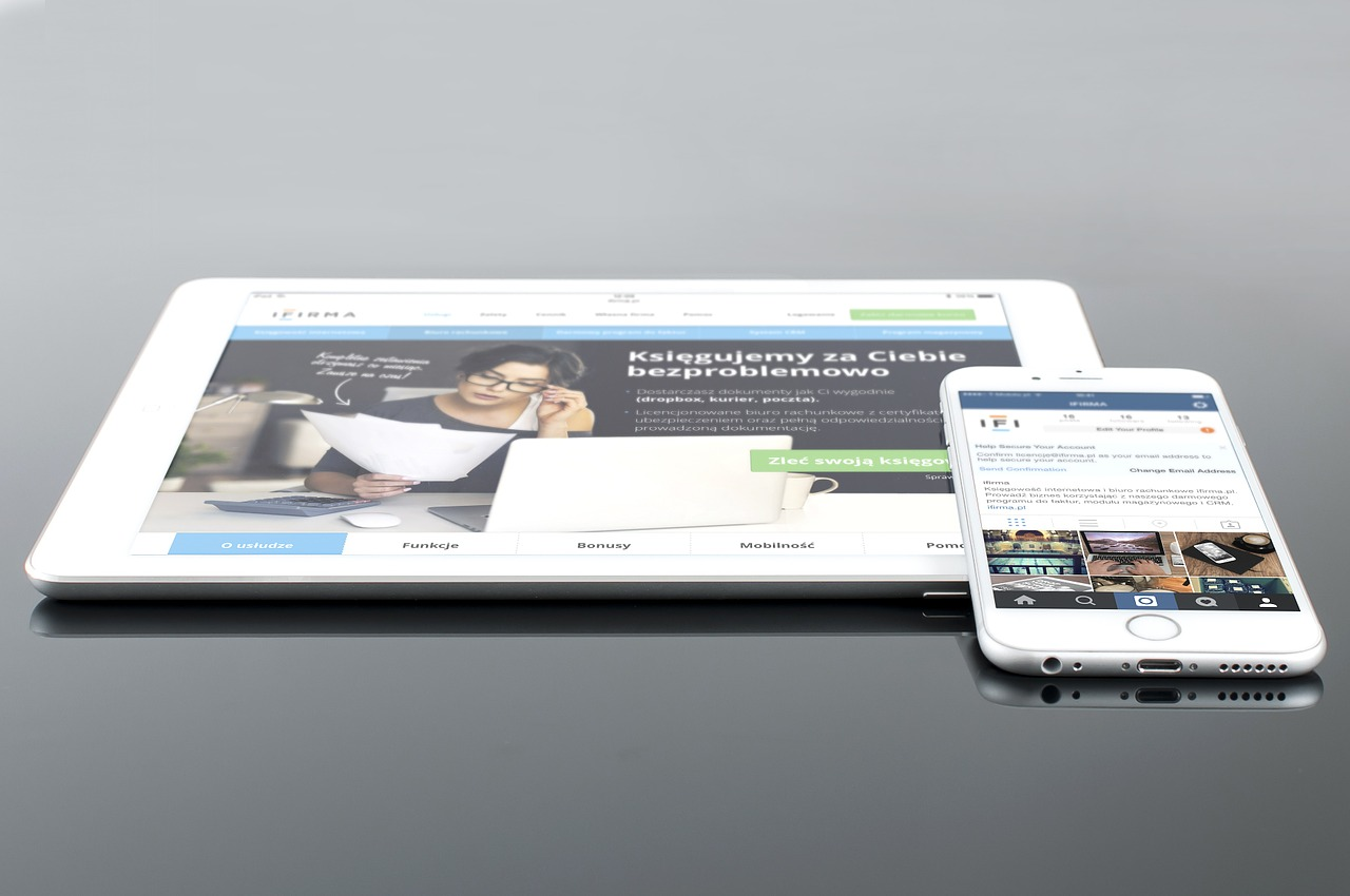 Mockup Ipad Iphone White Mauris Gravida